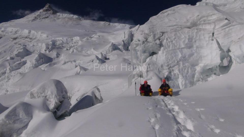 02-Horia a Michal pod ľadopádom