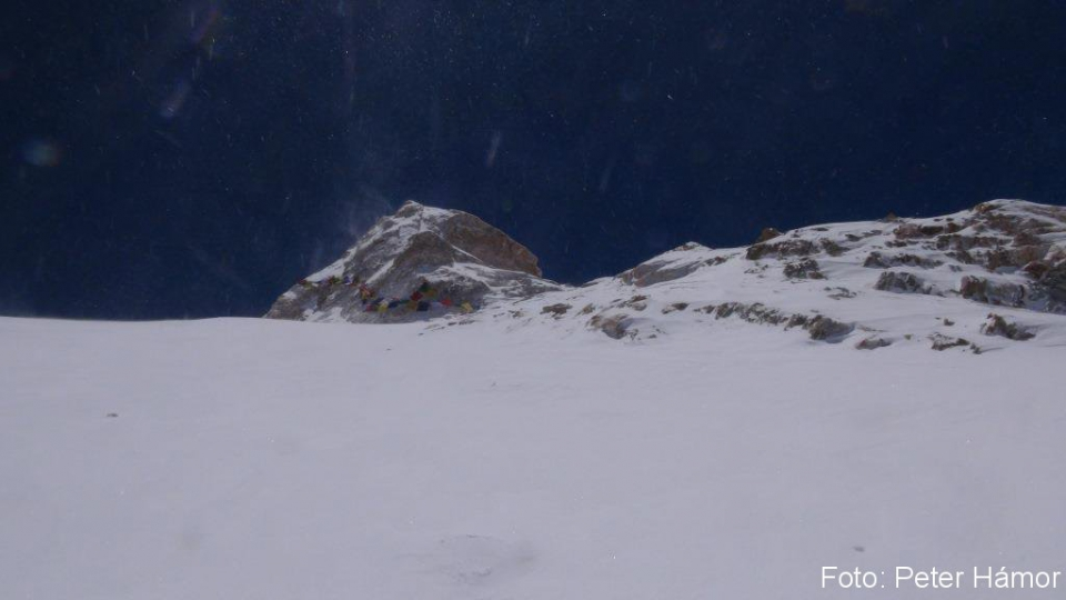 08-Prvá z troch vrcholových veží Manaslu