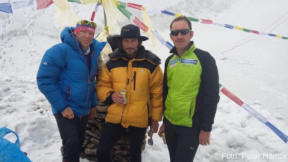 Peter, Michal a Horia počas puje v BC.