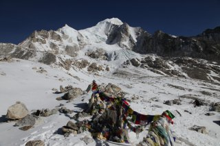 Dnes o 9.00 v sedle Larke Bhanjyang vo vke 5 106 m