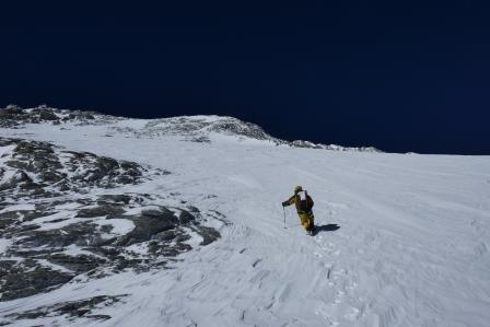 21.Traverz podvrcholového snehového poľa