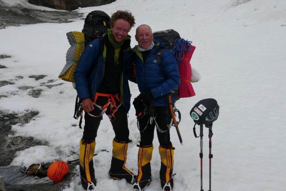 25.Michal a Peter po zostupe z vrcholu