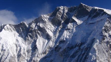 Južná stena Lhotse z vrcholu Island Peaku