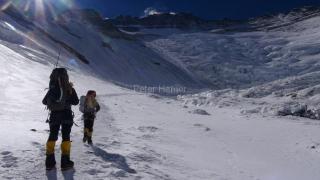 Vyrážame z ABC smer západná stena Lhotse.