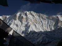 Nádherná Annapurna I (8091m) a jej najfarebnejšia stena.
